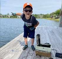 Bocah 6 Tahun Menemukan    Peti Harta Karun    yang Terpendam, Membantu Memecahkan Misteri 8 Tahun