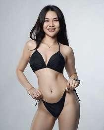 Kar Katherine Model Seksi Kenakan Bikini
