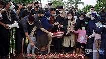 Takziah ke Rumah Markis Kido, Menpora Sampaikan Pesan Duka Cita dari Presiden Jokowi