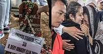 9 Potret prosesi pemakaman jenazah Cecep Reza, berlinang air mata