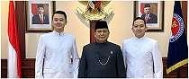 Cerita di balik ekspresi Prabowo diam tapi menggerutu bareng ajudan