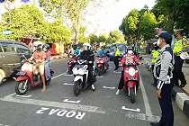 Traffic light di Tuban ini dibikin ala MotoGP, videonya bikin senyum