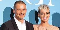 Foto Katy Perry dan Orlando Bloom Tunangan Saat Valentine's Day, Cincinnya Unik!.