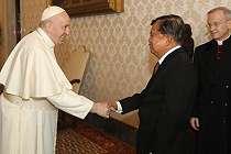 Jusuf Kalla Berdiskusi Selama 70 Menit dengan Paus Fransiskus di Vatikan