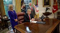 Kebijakan pemisahan paksa anak dari orang tua migran, Donald Trump berbalik arah