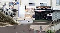 Pelayan restoran ditembak hingga tewas karena 'lamban antarkan makanan'