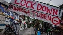Pembatasan Sosial Skala Besar Perintah Negara, Warga Sortir Pendatang