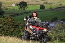 Mengapa lebih banyak perempuan Inggris menjadi petani?