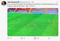Momen Wasit Gagalkan Peluang Emas Liverpool Cetak Gol ke Gawang Man United