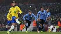 Neymar Dinilai Belum Siap Jadi Kapten Timnas Brasil