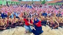 Roadshow Promo Film, Ria Ricis Malah Banjir Hadiah