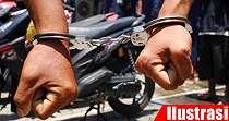 Polisi Baku Tembak dengan 2 Bandit Curanmor, Tersungkur