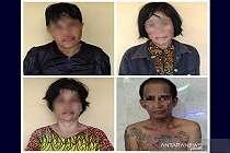 Tiga Perempuan dan Satu Pria  Tepergok  Berbuat Terlarang  di Masjid Jami
