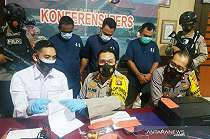 Rencana MM & Istri ke Surabaya Gagal, Dia Malah Jadi Tersangka dan Dipenjara