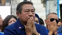 Profesor Hina SBY, Vaksinasi Kayak Sunatan Massal dan Gempa Majene