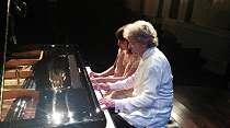 Lestarikan Budaya Jawa Lewat Lantunan Musik Klasik