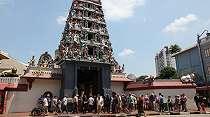 Sri Mariamman Temple: Sakral Namun Artistik