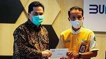 BUMN Keroyokan Beri Hadiah Petugas KRL Penemu Uang Rp500 Juta