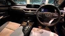 Lexus UX300e Punya Fitur Canggih Banget