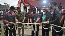 Brigjen TNI Thevi Zebua dan Ade Rai Resmikan Fasilitas Fitnes Kopassus