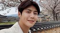 Salt Entertainment Janji Dampingi Kim Seon Ho Hingga Akhir